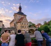 琥珀,德国- 2016年6月03日:享受在Th的人们看法 图库摄影