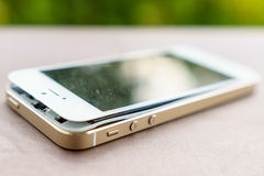瑕疵智能手机 免版税库存照片