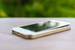 瑕疵智能手机 免版税库存图片