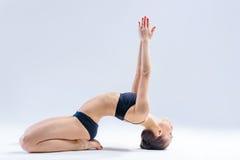 瑜伽妇女 图库摄影