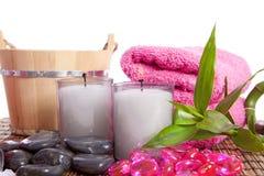 瑜伽或蒸汽浴的温泉辅助部件 免版税库存照片