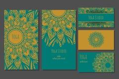 瑜伽演播室卡片模板 图库摄影
