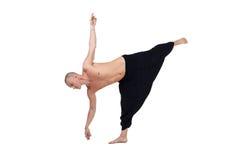 瑜伽 中年人的图象执行asana 免版税库存照片