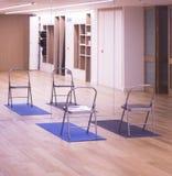 瑜伽pilates演播室健身房 免版税库存图片