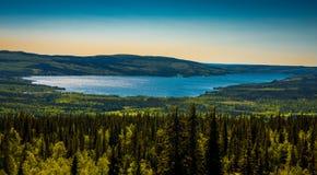 瑞典山湖 库存图片