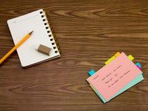 瑞典语;学会在笔记本的新的语言文字词 免版税库存图片