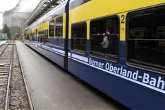 瑞士人火车-瑞士路轨 图库摄影