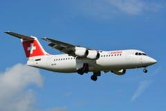 瑞士人空中客车/BAe 146/Avro RJ - MSN 3284 - HB-IXO 库存照片