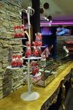 瑞士咖啡馆商店在卢赛恩,瑞士 库存图片
