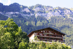 瑞士山中的牧人小屋瑞士 库存图片