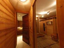 瑞士山中的牧人小屋蒸汽浴 免版税库存图片