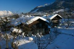 瑞士山中的牧人小屋 库存照片