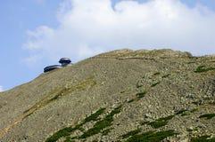 瑞士山中的牧人小屋karkonosze山 免版税库存照片