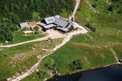 瑞士山中的牧人小屋karkonosze mouintains 免版税图库摄影