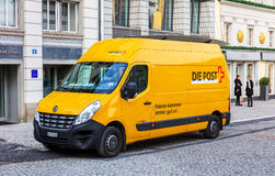 瑞士岗位搬运车在老镇苏黎世 免版税库存照片
