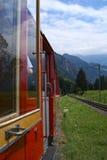 瑞士旅游火车 库存图片