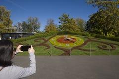 瑞士日内瓦开花的时钟被重新设计了 图库摄影