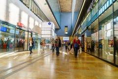 瑞士火车站 免版税库存图片