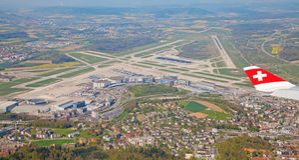 A-340瑞士航空公司 免版税库存图片