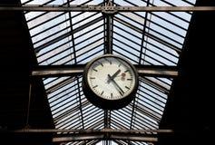 瑞士苏黎士- 2017年6月03日:在苏黎世主要镭的时钟 免版税图库摄影