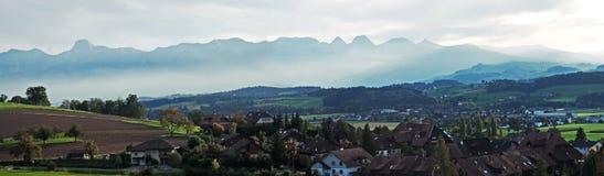 瑞士西部Allps全景 库存图片