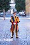 瑞士近卫队在梵蒂冈 免版税库存照片