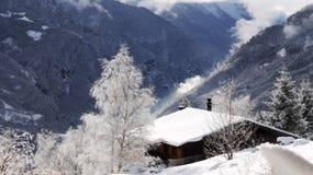 瑞士高山小屋 库存照片