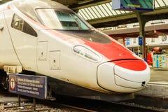 瑞士高速火车- HDR 库存照片