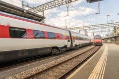 瑞士高速火车- HDR 免版税库存图片