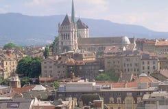 瑞士:日内瓦城市和大教堂 免版税库存图片