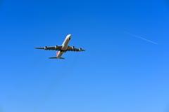 瑞士LX188起飞苏黎世向上海 免版税库存图片