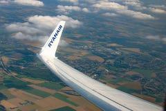 瑞安航空公司翼梢 库存图片