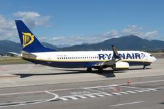 瑞安航空公司航空器波音737-800 库存图片