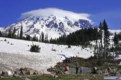 瑞尼尔山的,华盛顿登山人 库存图片