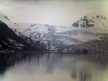 玻璃剪裁工在阿拉斯加 免版税图库摄影