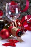 玻璃和一个瓶酒 免版税库存照片