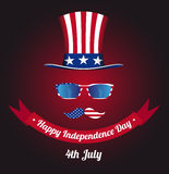 玻璃和美国国旗的髭设计 山姆大叔帽子  库存图片