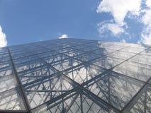 玻璃和蓝天 库存照片
