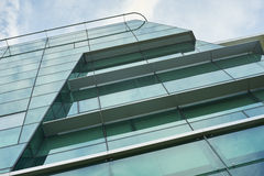 玻璃和钢现代门面 免版税库存图片