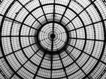 玻璃圆屋顶的几何线 免版税库存图片