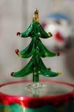 玻璃圣诞树装饰 免版税库存图片