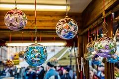玻璃圣诞节球,布拉格,捷克 库存图片