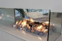 玻璃壁炉 免版税库存图片