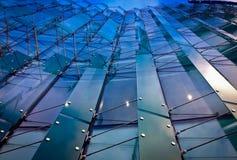 玻璃大厦前面 免版税库存图片
