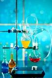 玻璃实验室仪器 免版税库存照片