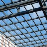 玻璃屋顶有蓝天背景 图库摄影
