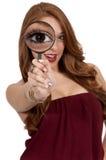 玻璃扩大化的妇女 库存图片