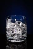 玻璃杯水 库存图片