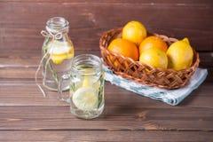 玻璃柠檬水 图库摄影