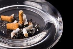 玻璃烟灰缸 库存照片